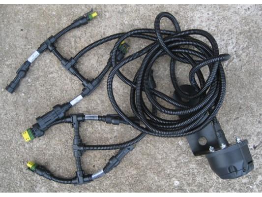 Howie / Joyner Tow Hitch Electrics Loom